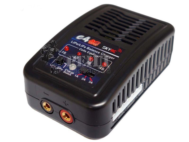 SKYRC e4 сетевое зарядно-балансировочное устройство для заряда LiPo и LiFe: